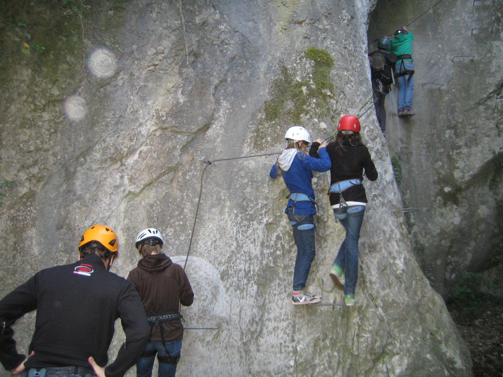 Klettersteig Arco : Tage geführte klettersteige am gardasee