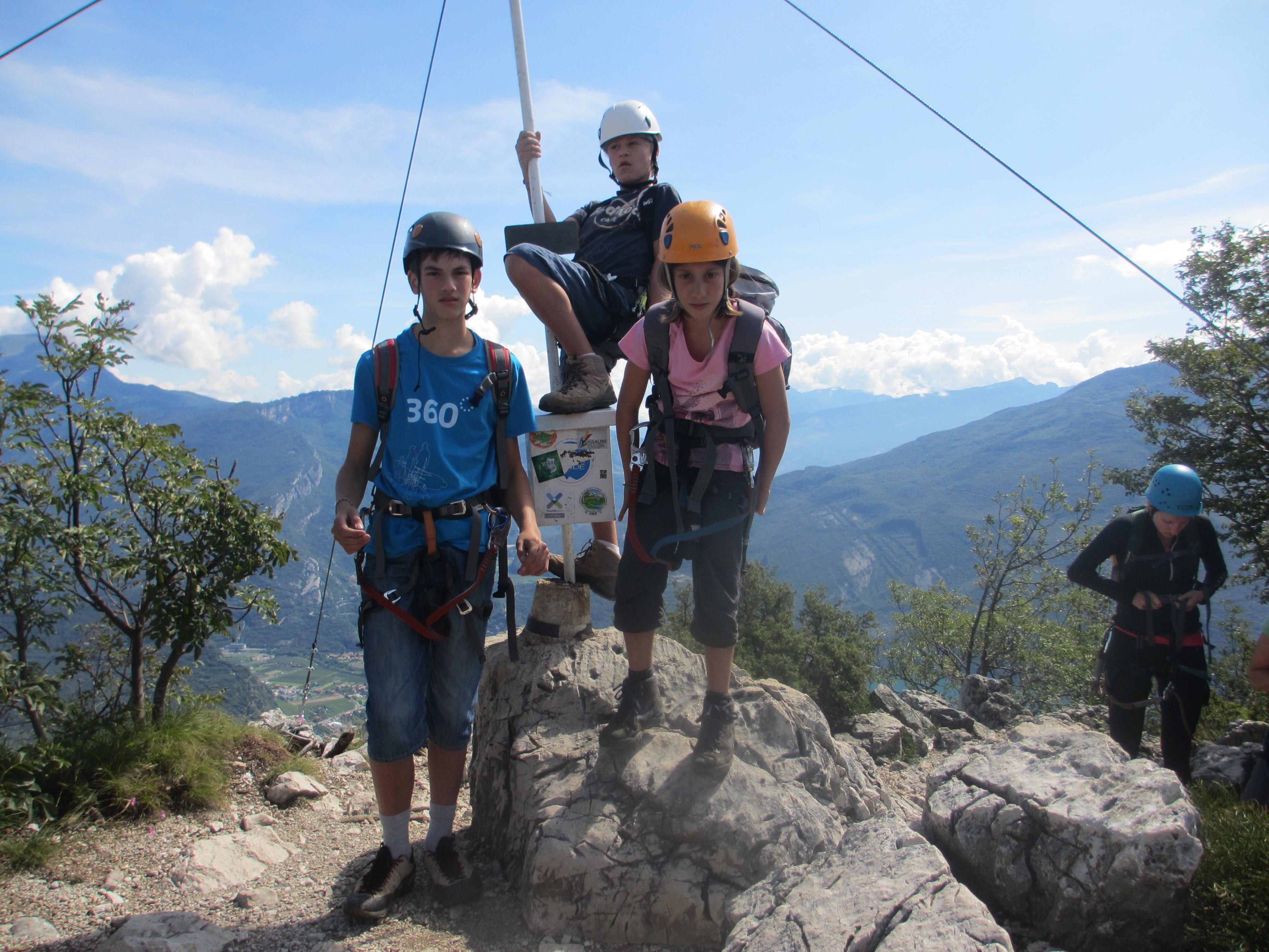 Klettersteig Cima Capi : Klettersteig susatti cima capi gardasee