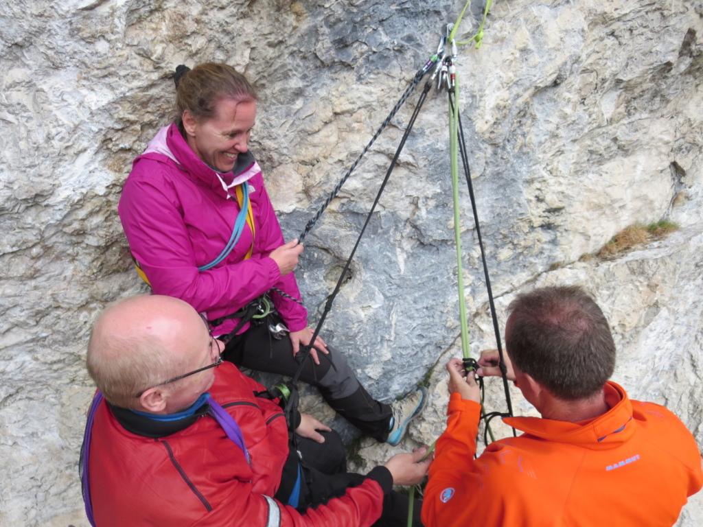 arrampicata alpina corso roccia in Dolomiti