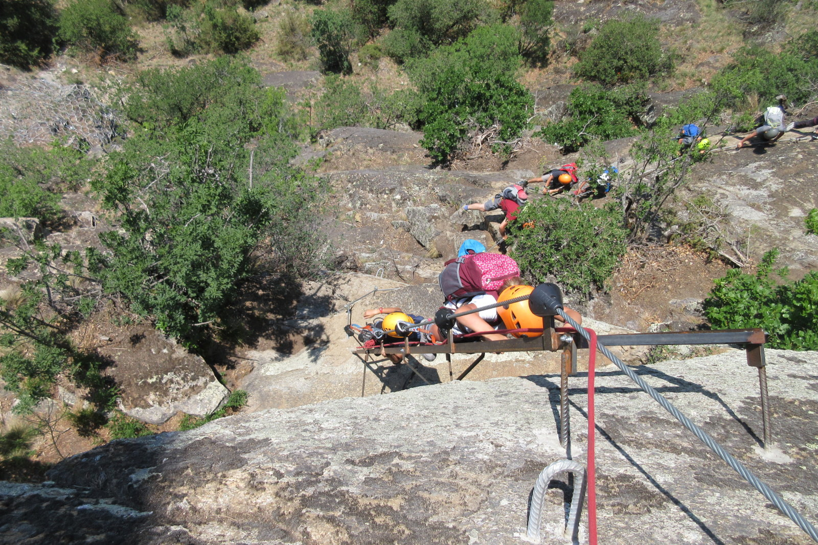 Kletterausrüstung Naturns : Familien Übungsklettersteig klettersteigkurs knott im vinschgau